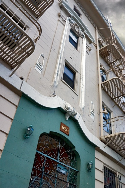 Crawford-Apartments