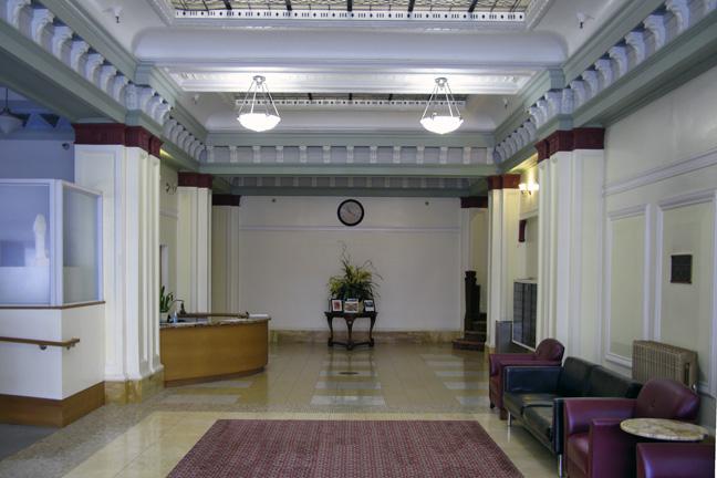 Herald-Lobby