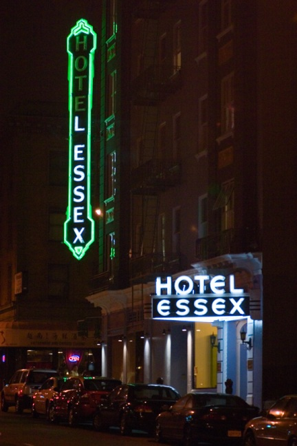 Night-Sign---Essex